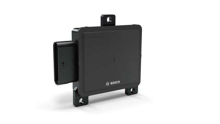 Corner radar sensor for heavy commercial vehicles